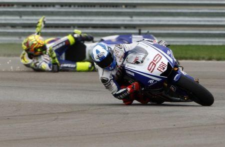 GP Belgia 09 - Rossi jatuh